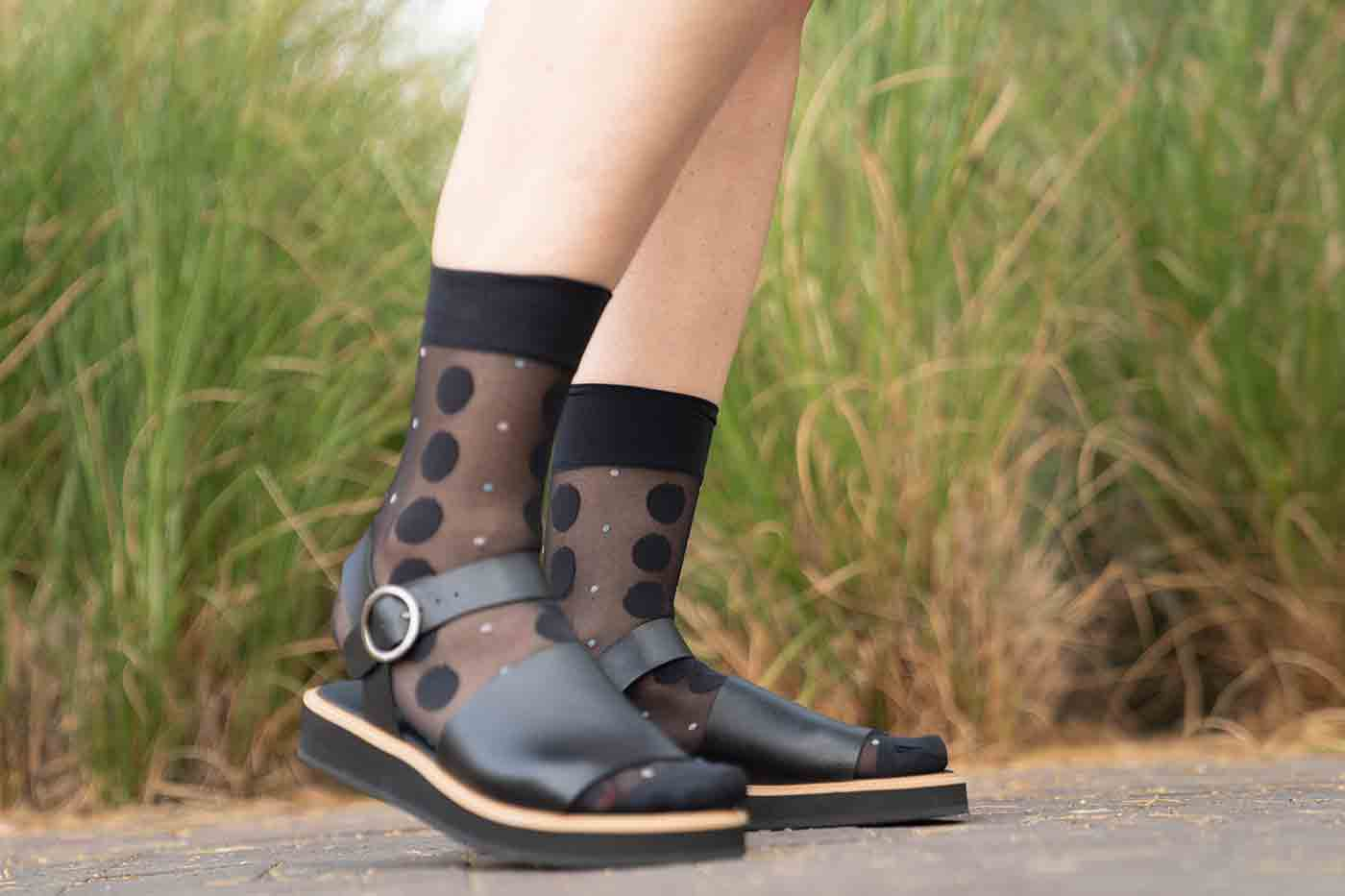 Madra sandle in black from Novacas